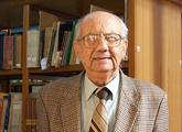 El MHN recibe valiosa donación del Profesor Benjamín Nahum