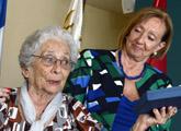 La ministra entrega Premio Nelson Mandela a Hogar de Ancianos